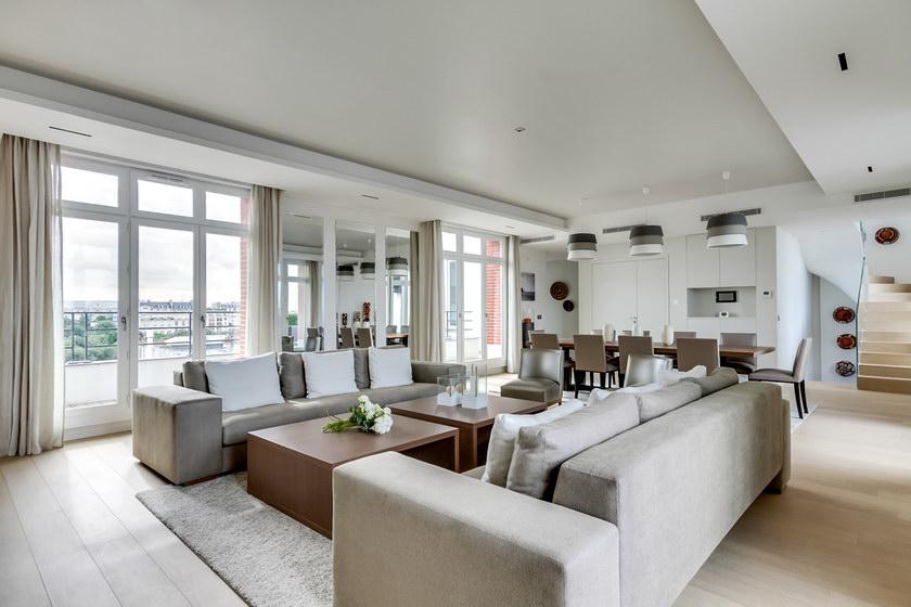 Appartement de luxe paris amazing limmobilier de luxe se vend vite et bien paris with for Meuble luxe paris