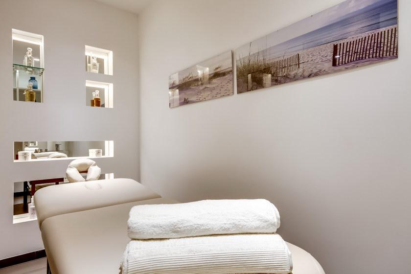salle massage niches luxe_redimensionner.jpg